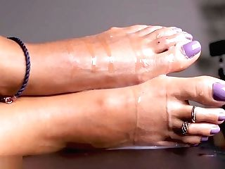 Loren Love - Yam-sized Jizz Explosions On Princess Feet & Jizm Have Fun Compilation Volume 1