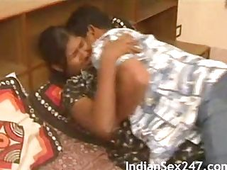 First-timer Indian Duo Tempting Bedroom Fucking