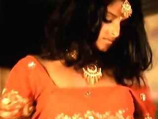 Ali Babba Queen Paramour